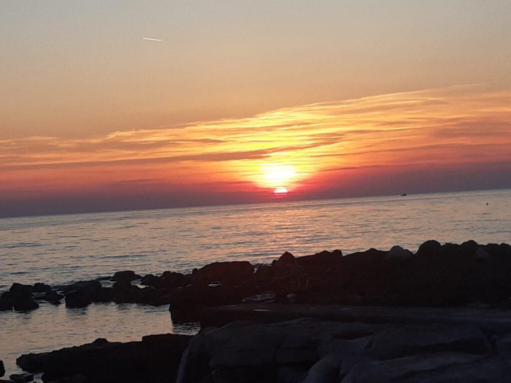 Kitschiger Sonnenungergang in Istrien Umago