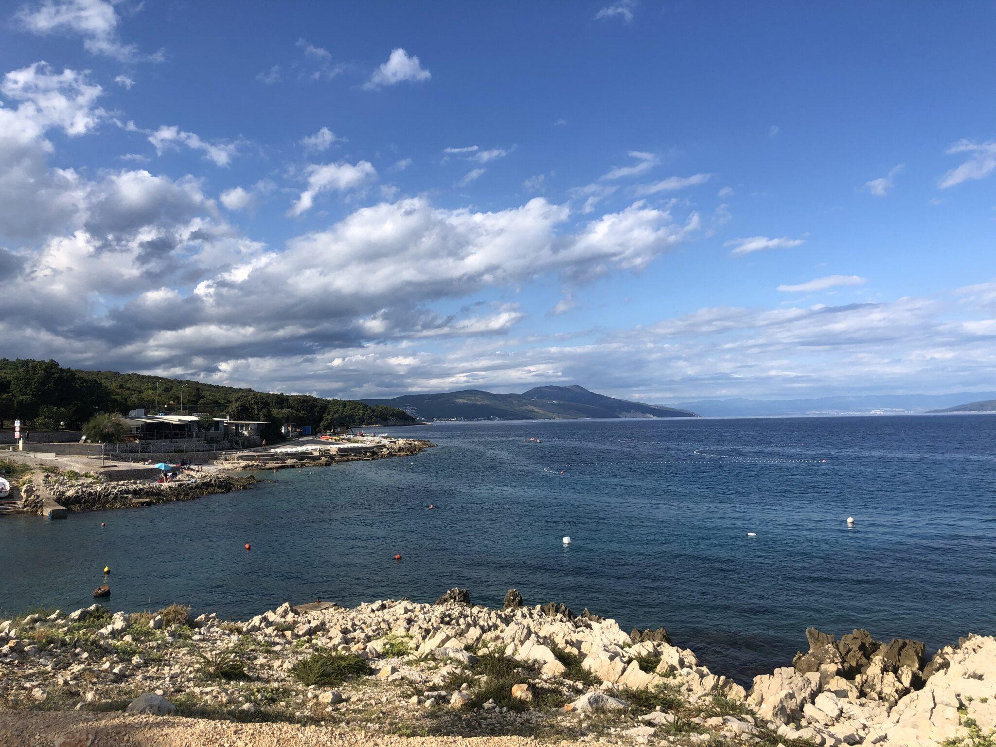 Die Westküste in Istrien mit Panorama Blick aufs Meer